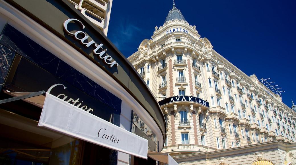 La Croisette mostrando hotel