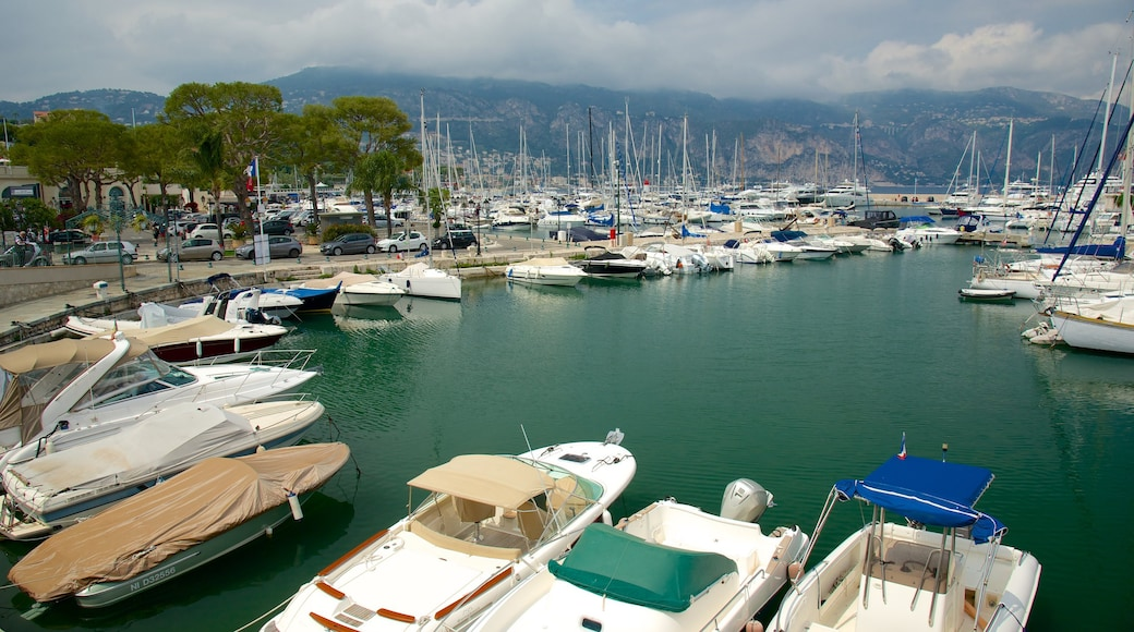 Saint-Jean-Cap-Ferrat joka esittää venesatama