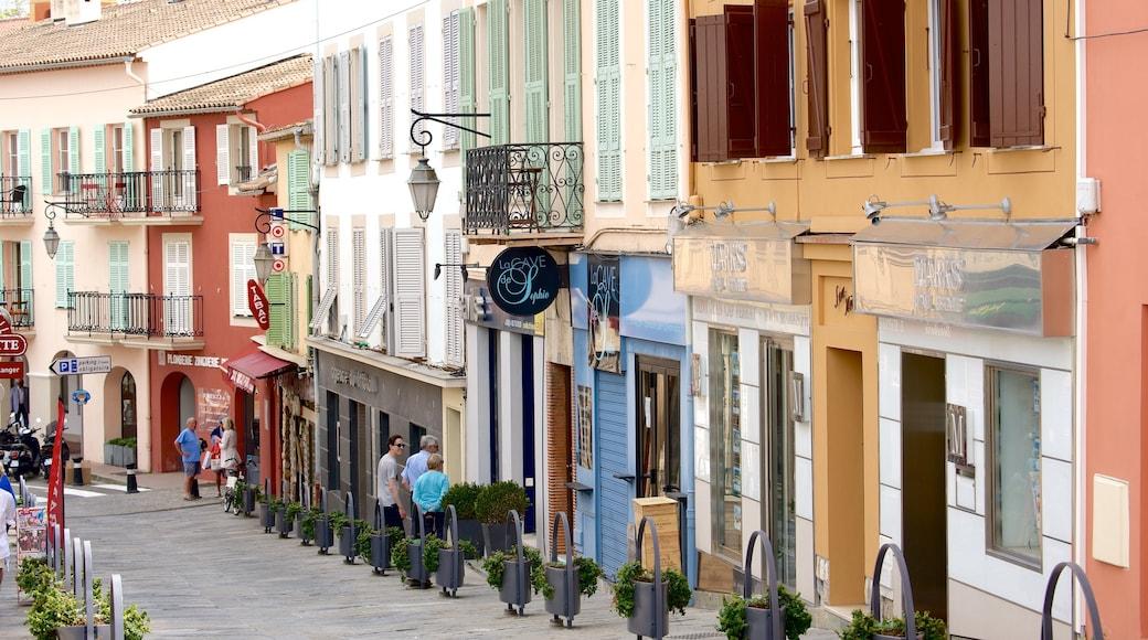 Saint-Jean-Cap-Ferrat featuring katunäkymät ja rannikkokaupunki