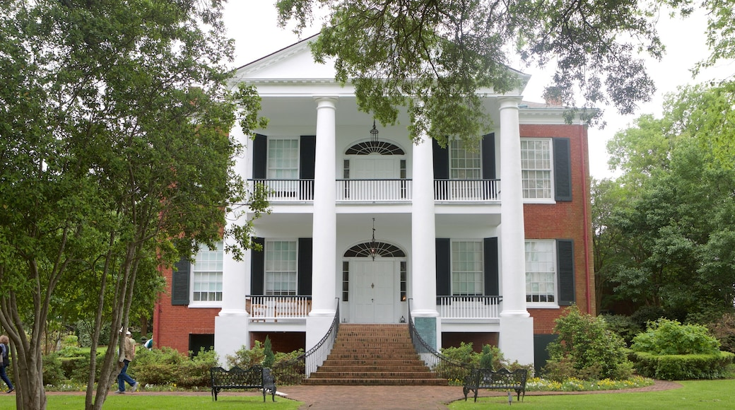 Rosalie Mansion which includes heritage architecture and a house