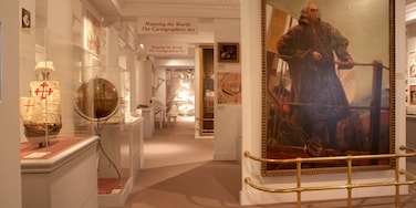 Mariner\'s Museum which includes interior views and art