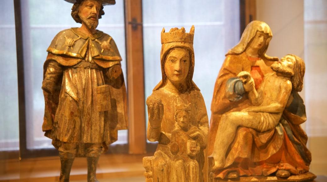 Liechtensteinin kansallismuseo joka esittää sisäkuvat