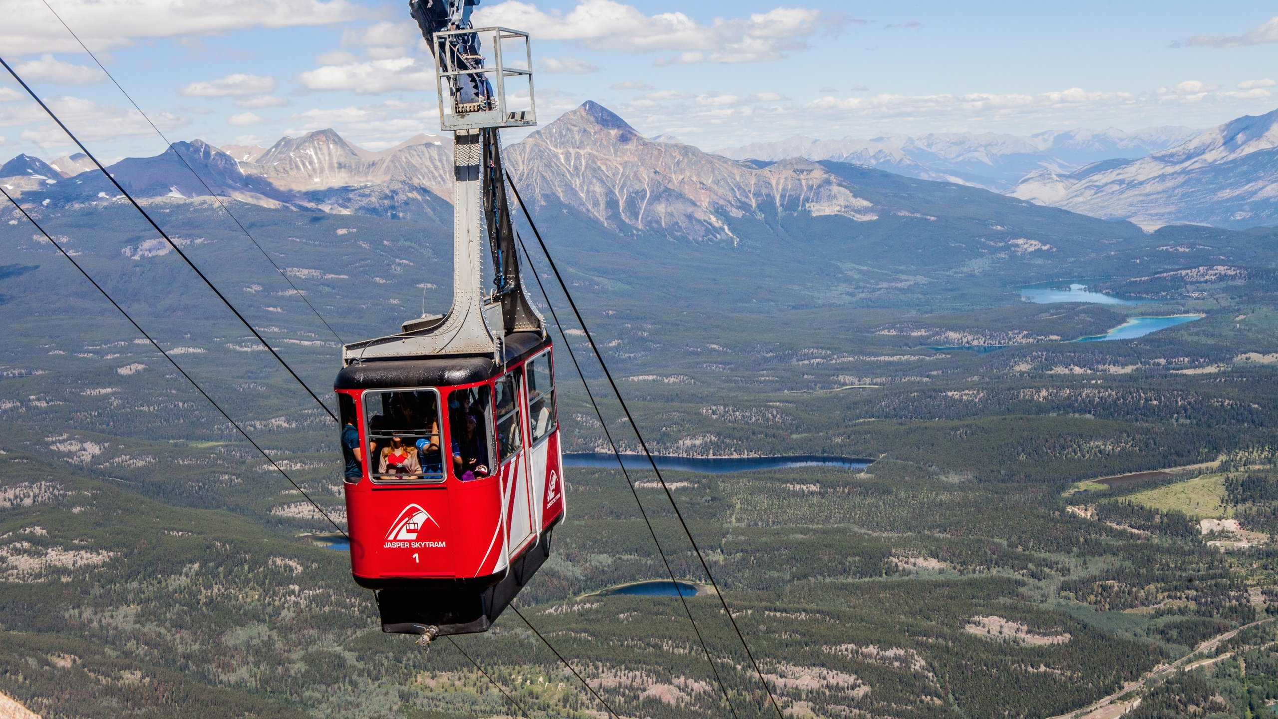 Ride this sightseeing tram up Whistler's Mountain and marvel at a panorama of peaks that includes Mount Robson, the highest point in the Canadian Rockies.