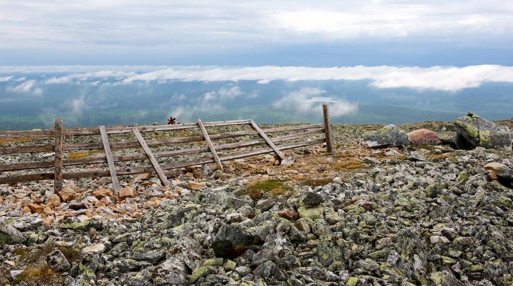 Kittilä featuring usvaa tai sumua ja vuoret