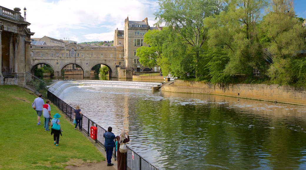 Pulteney Bridge which includes a river or creek, views and heritage architecture