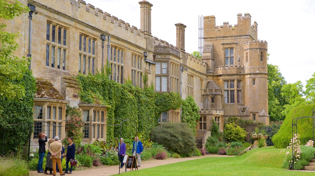 Sudeley Castle which includes heritage architecture, château or palace and a park