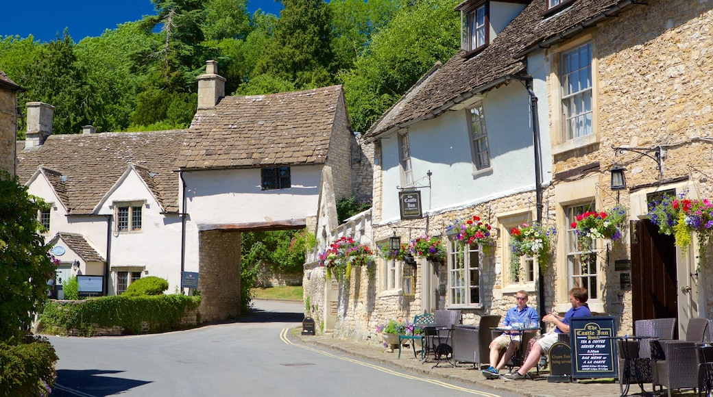 Castle Combe featuring outdoor eating, street scenes and a hotel