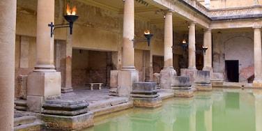 Roman Baths welches beinhaltet Geschichtliches, Pool und historische Architektur