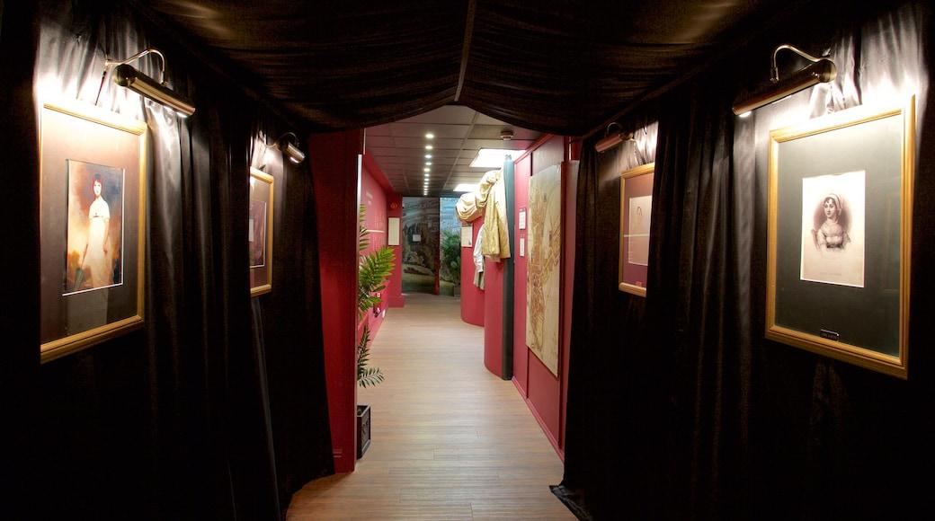Jane Austen Centre welches beinhaltet Innenansichten