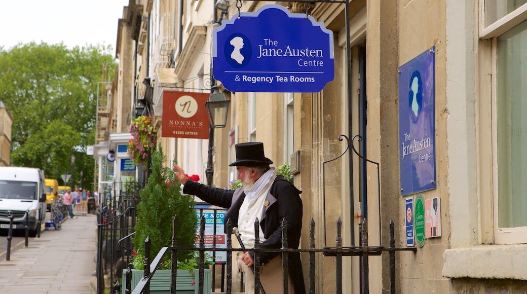 Jane Austen Centre das einen Beschilderung sowie einzelner Mann