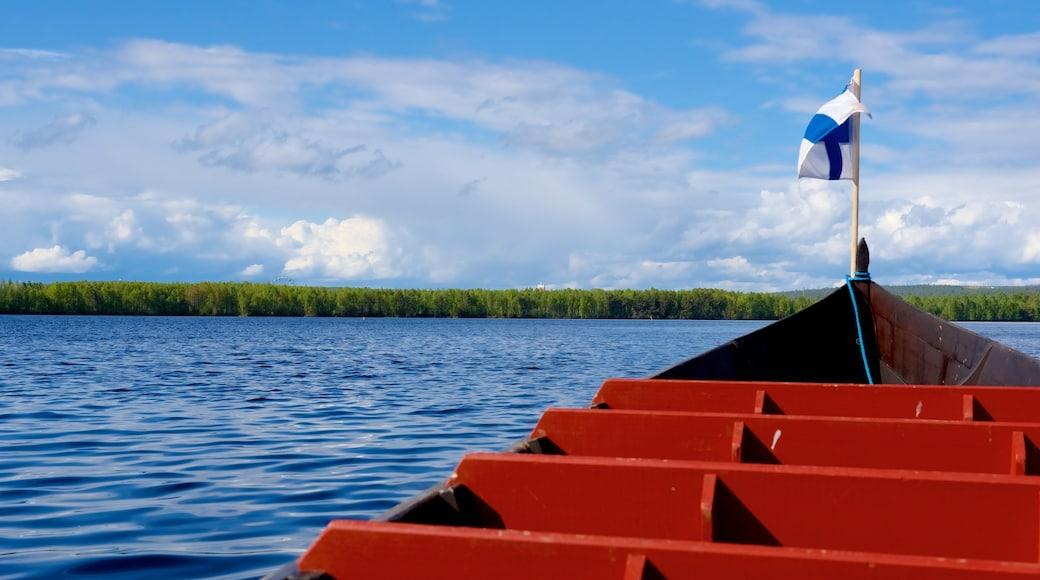 Rovaniemi Region welches beinhaltet Kajak- oder Kanufahren und Fluss oder Bach