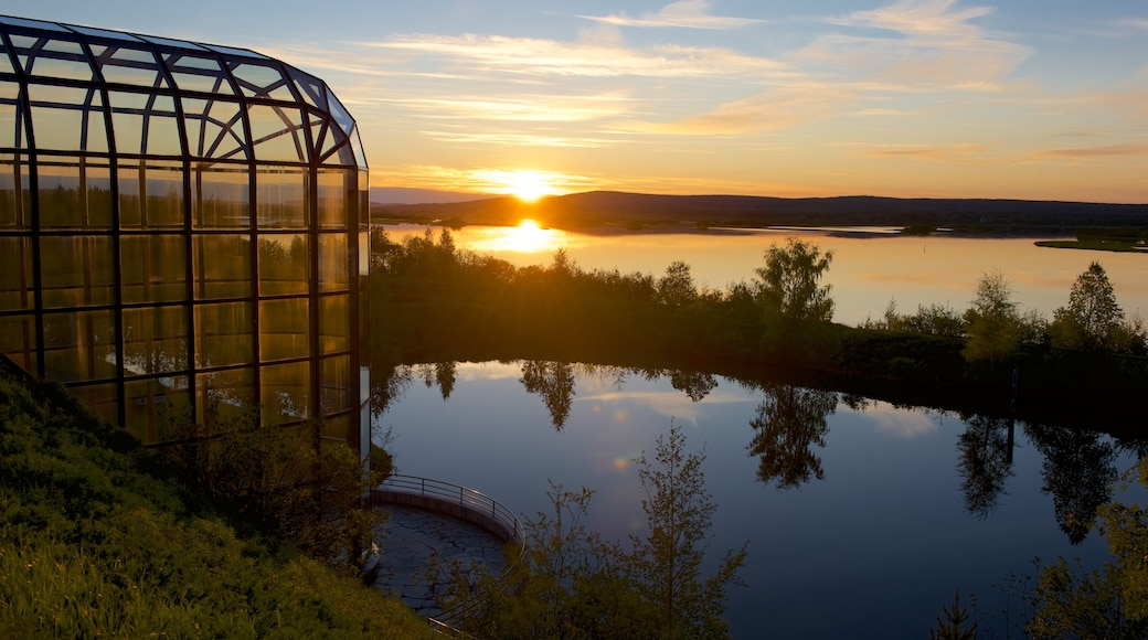 Arktikum which includes a sunset, a river or creek and tranquil scenes