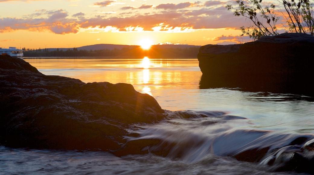 Rovaniemi Region mit einem Landschaften, Fluss oder Bach und Stromschnellen