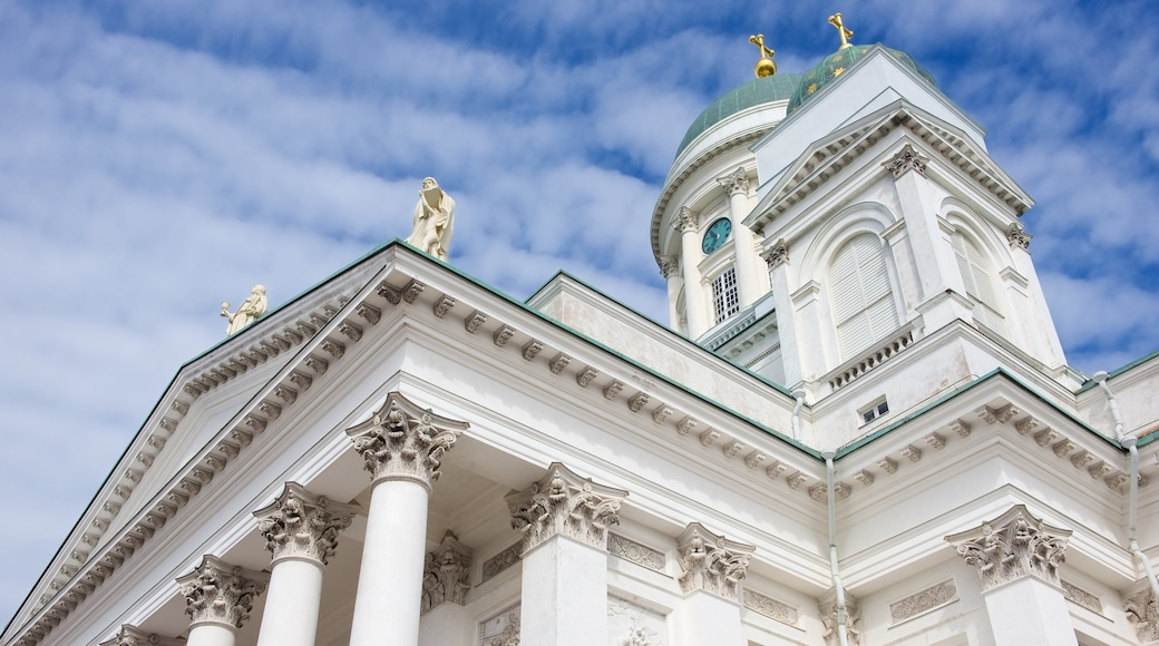 Helsinki Cathedral featuring heritage architecture and a church or cathedral