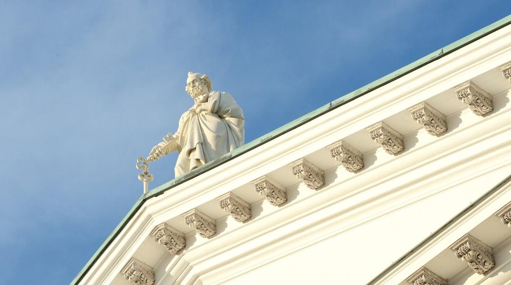 Helsingin tuomiokirkko featuring kirkko tai katedraali, vanha arkkitehtuuri ja uskonnolliset aiheet