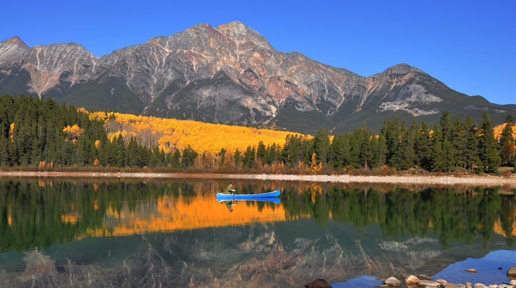 Pyramid Lake featuring kayaking or canoeing, a lake or waterhole and tranquil scenes