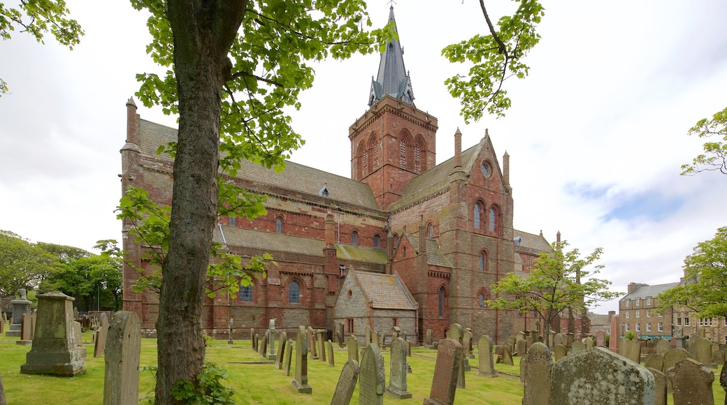 St. Magnus Cathedral showing a church or cathedral, heritage architecture and a cemetery