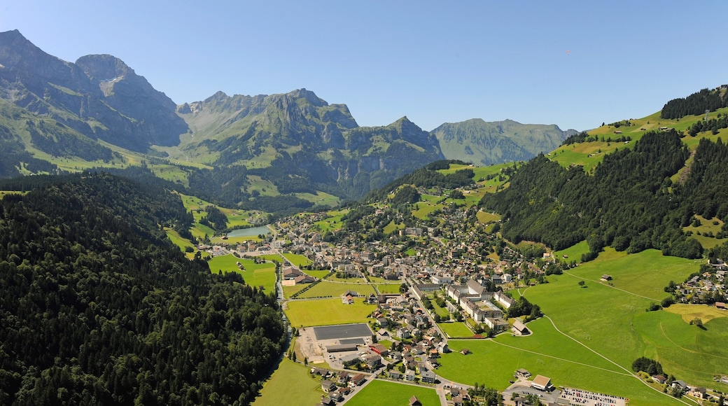 Engelberg featuring a small town or village, landscape views and mountains