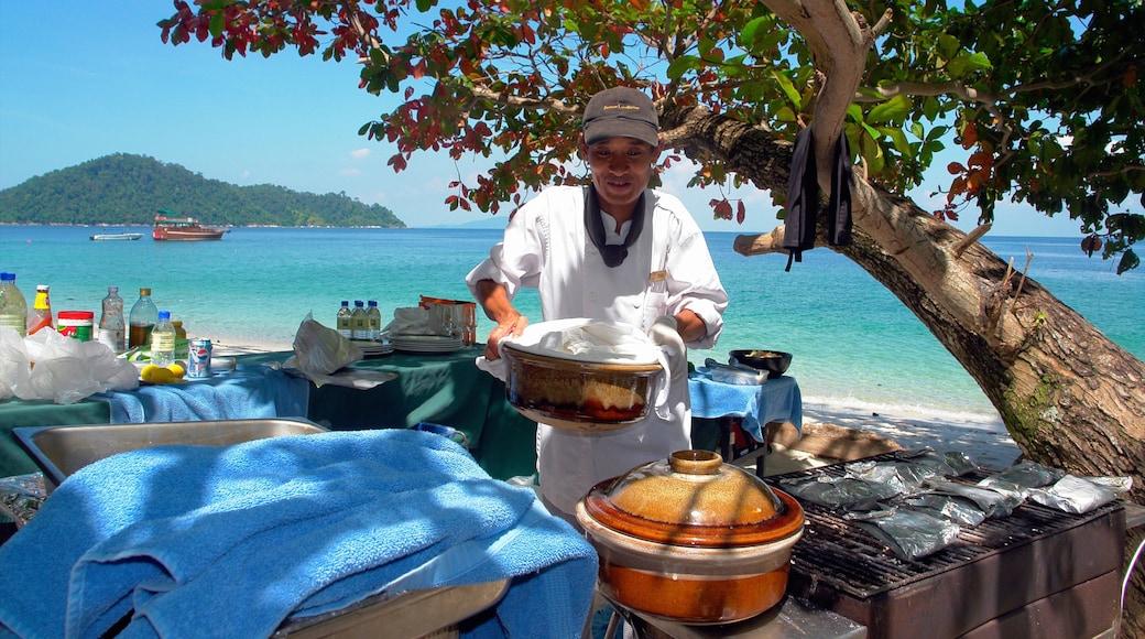 เประ เนื้อเรื่องที่ หาดทราย, อาหาร และ รับประทานอาหารกลางแจ้ง