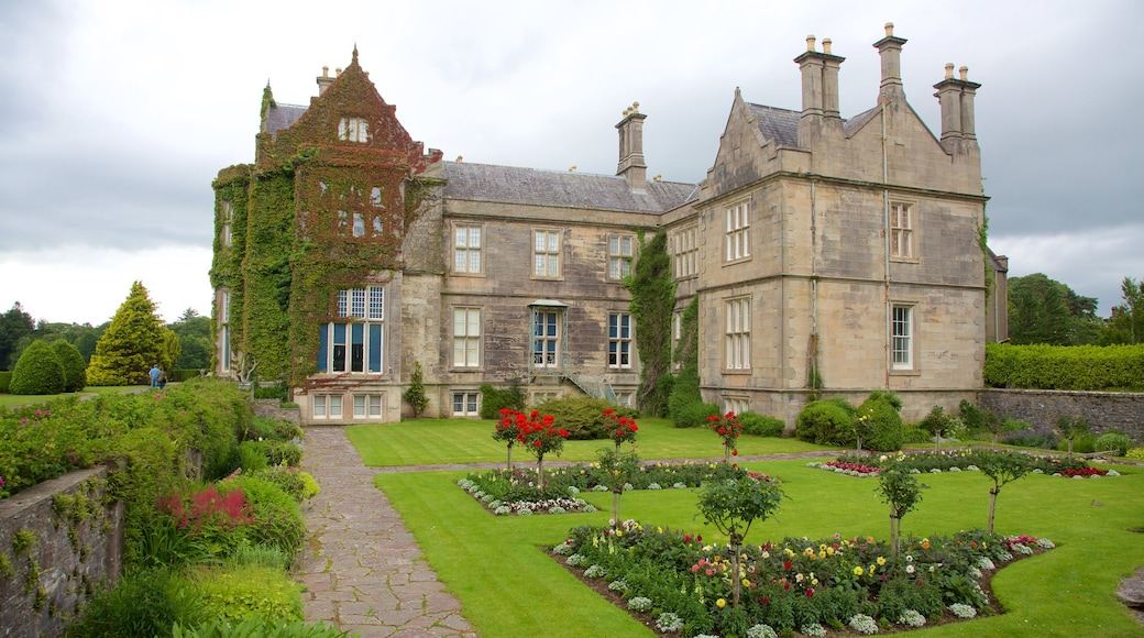 Muckross House which includes a garden, a castle and heritage elements