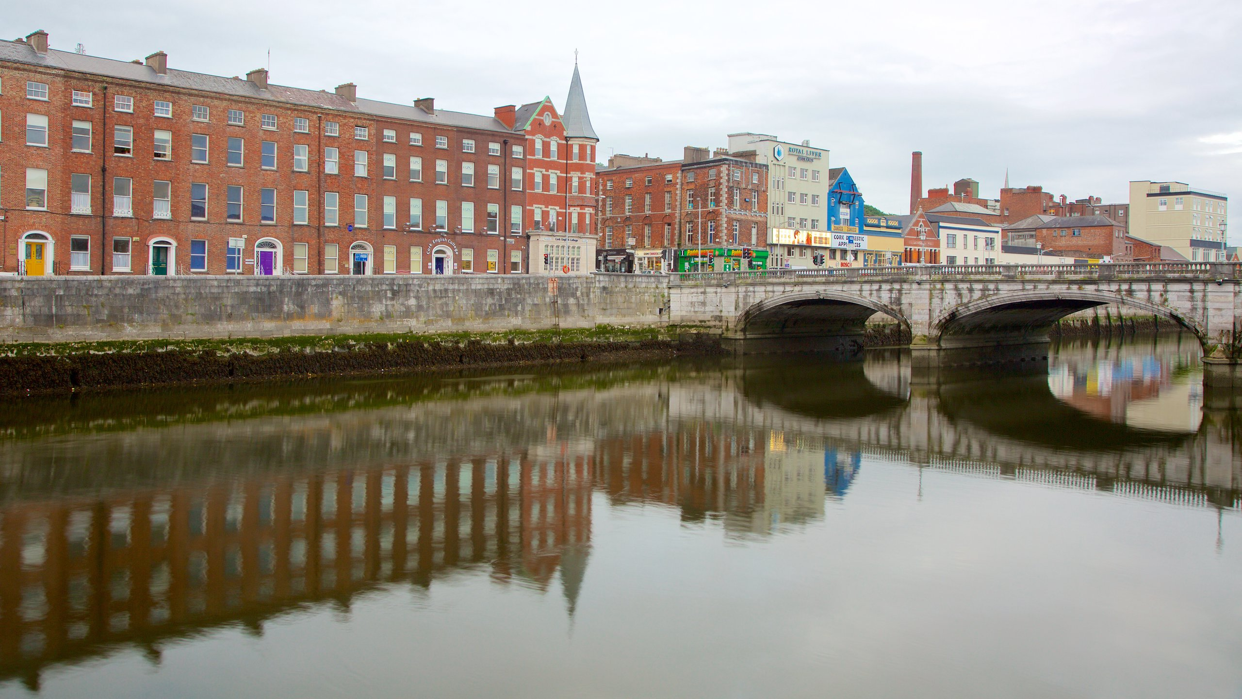 Take in views of the River Lee from this 18th-century bridge and wander through Cork's city center via one of the city's most historic streets.