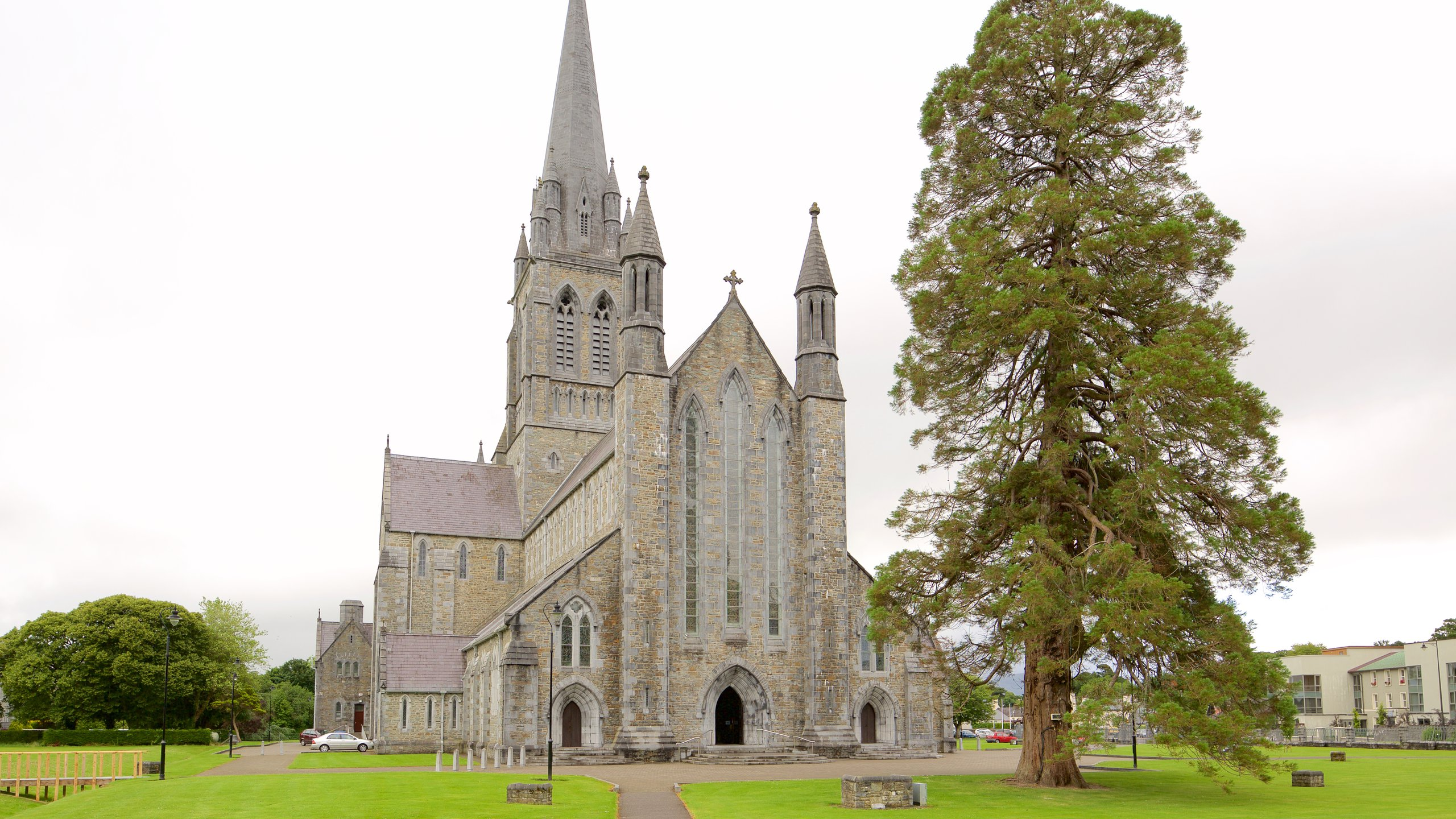In a green field stands an impressive cathedral especially beloved by its townsfolk. Inside, find a welcoming community church decorated with beautiful stained glass.