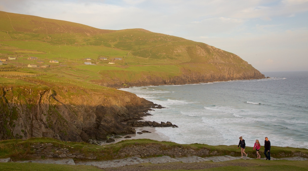 Dunmore Head featuring tranquil scenes, rugged coastline and general coastal views