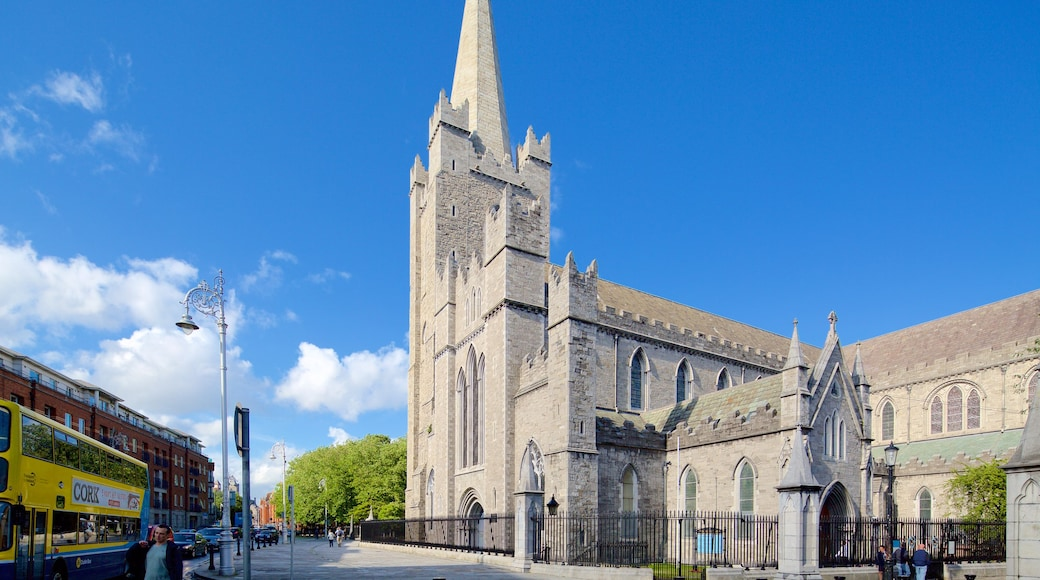 St. Patrick\'s Cathedral showing heritage architecture, street scenes and heritage elements