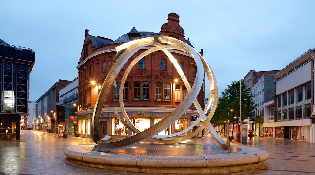 Belfast showing a square or plaza, art and a statue or sculpture