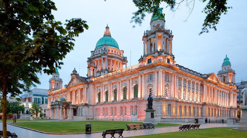 Belfast City Hall which includes heritage architecture, heritage elements and château or palace