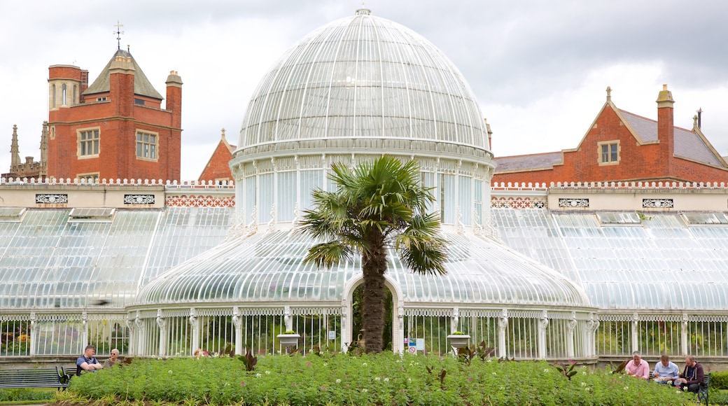 Belfast Botanic Gardens featuring heritage architecture, heritage elements and a garden