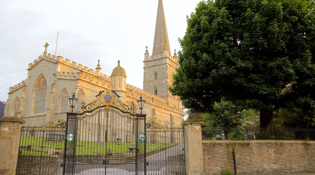 St. Columb\'s Cathedral featuring heritage elements, heritage architecture and a church or cathedral