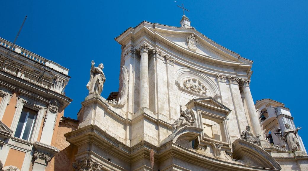 Via del Corso mostrando architettura d\'epoca, elementi religiosi e oggetti d\'epoca