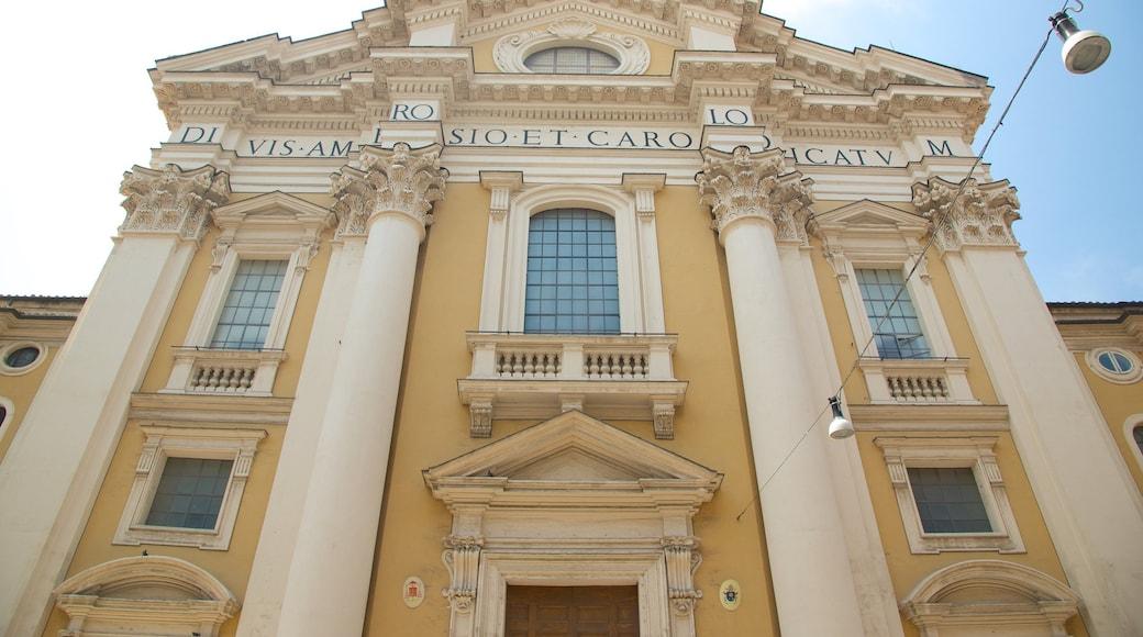 Via del Corso montrant patrimoine architectural, bâtiment public et patrimoine historique