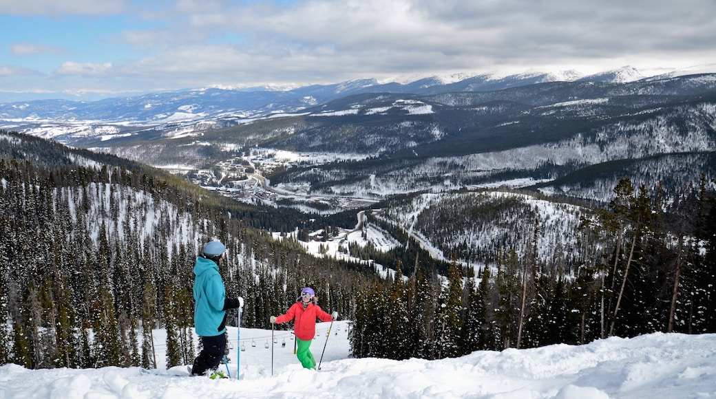 Winter Park Ski Resort featuring snow skiing, forests and snow