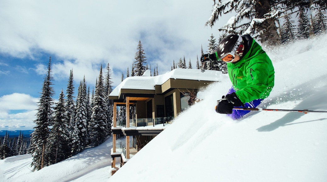 Silver Star Ski Resort which includes a luxury hotel or resort, snow and snow skiing