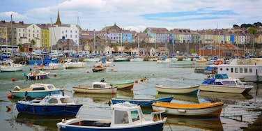 Caernarfon featuring a small town or village, boating and a river or creek