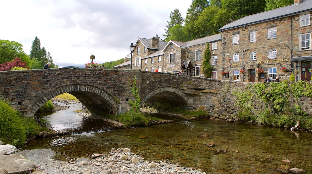 Beddgelert featuring a river or creek, a small town or village and a bridge