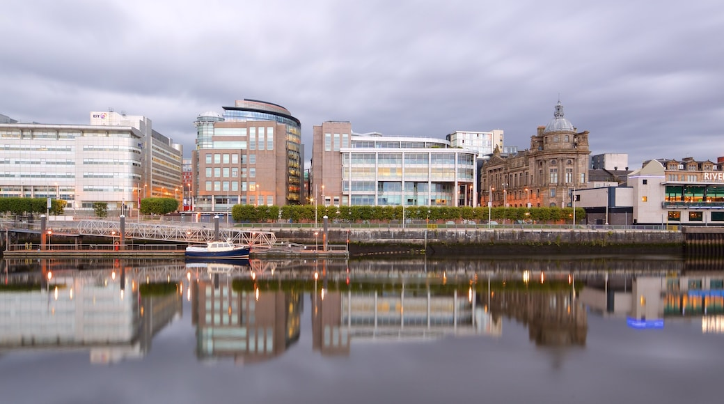 Glasgow which includes a river or creek and a city