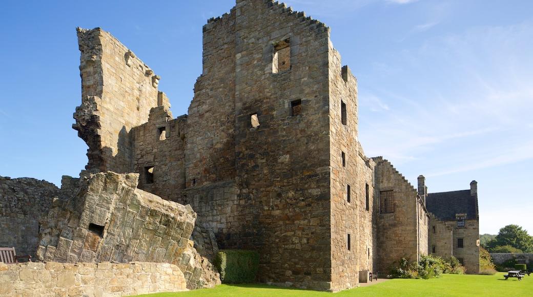 Aberdour Castle showing heritage elements, building ruins and a castle