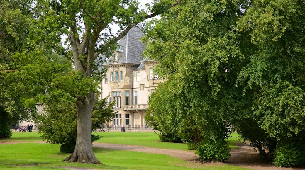 Callendar House qui includes jardin