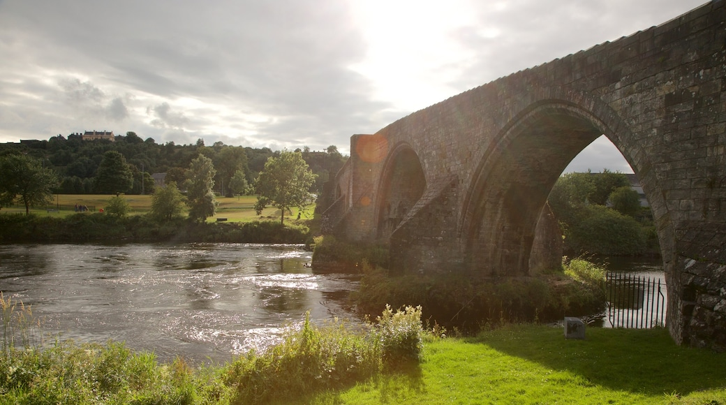 Stirling showing a river or creek and a bridge