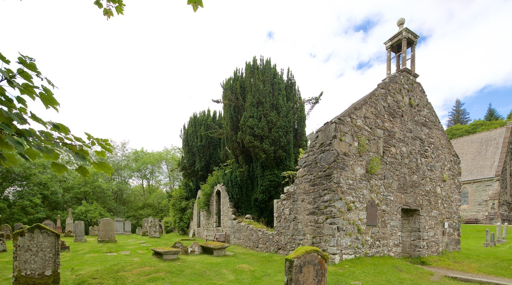Balquhidder Church featuring a church or cathedral, a cemetery and a ruin