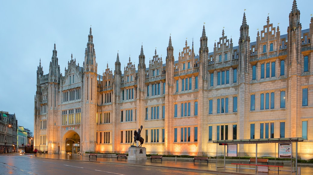 Marischal Museum which includes street scenes, heritage elements and heritage architecture