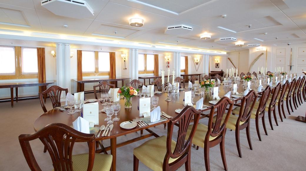 Royal Yacht Britannia qui includes navigation, patrimoine historique et vues intérieures