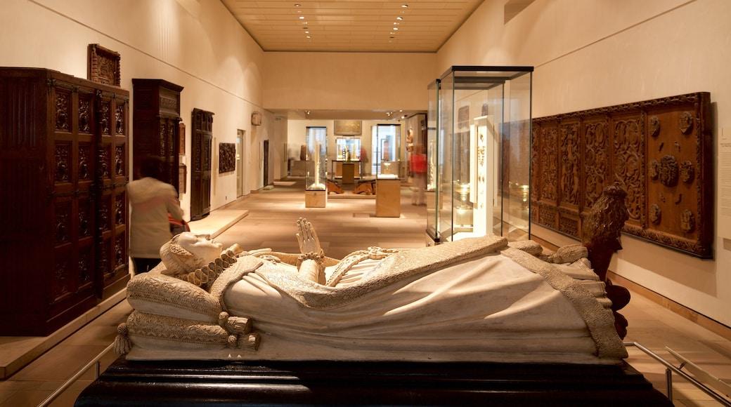 National Museum of Scotland mettant en vedette vues intérieures