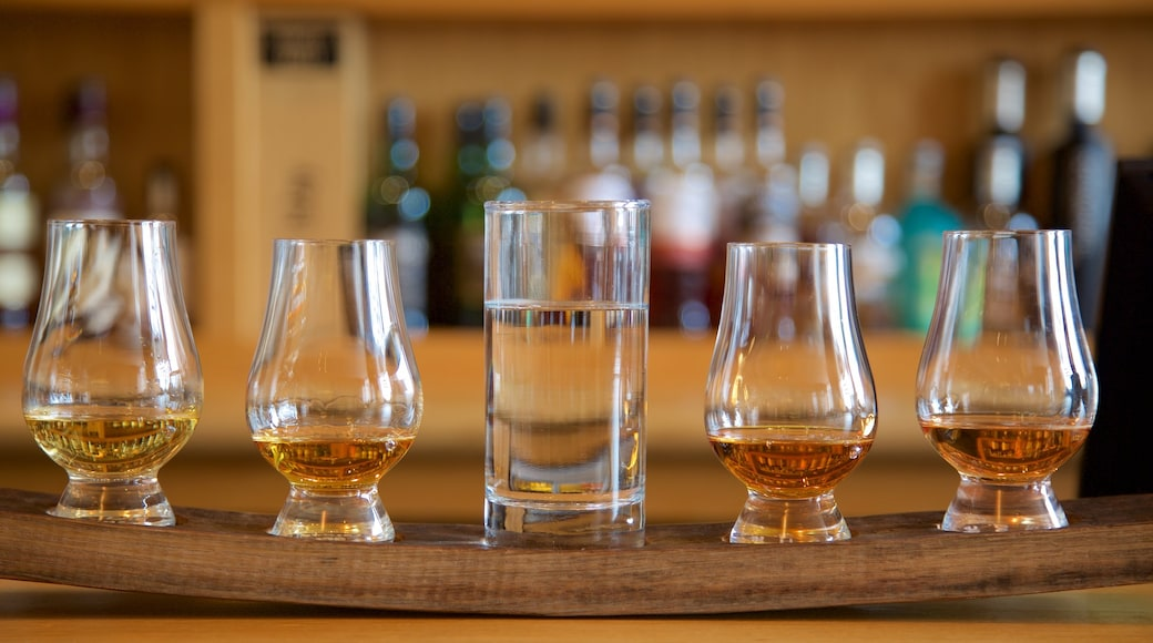 Scotch Whisky Heritage Centre which includes drinks or beverages