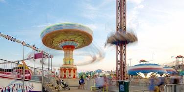 Casino Pier showing rides