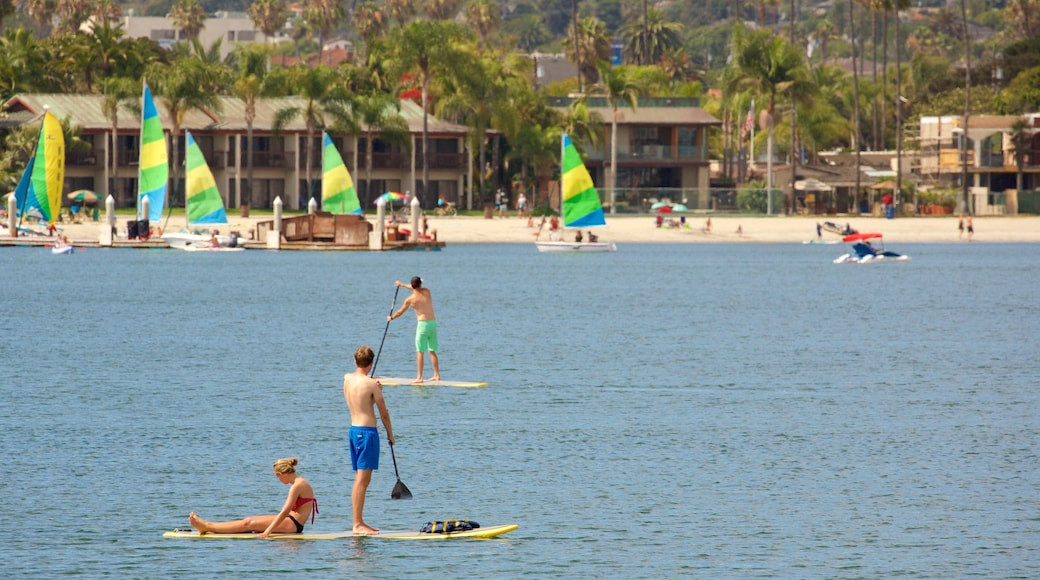 Mission Bay which includes water sports, general coastal views and a beach