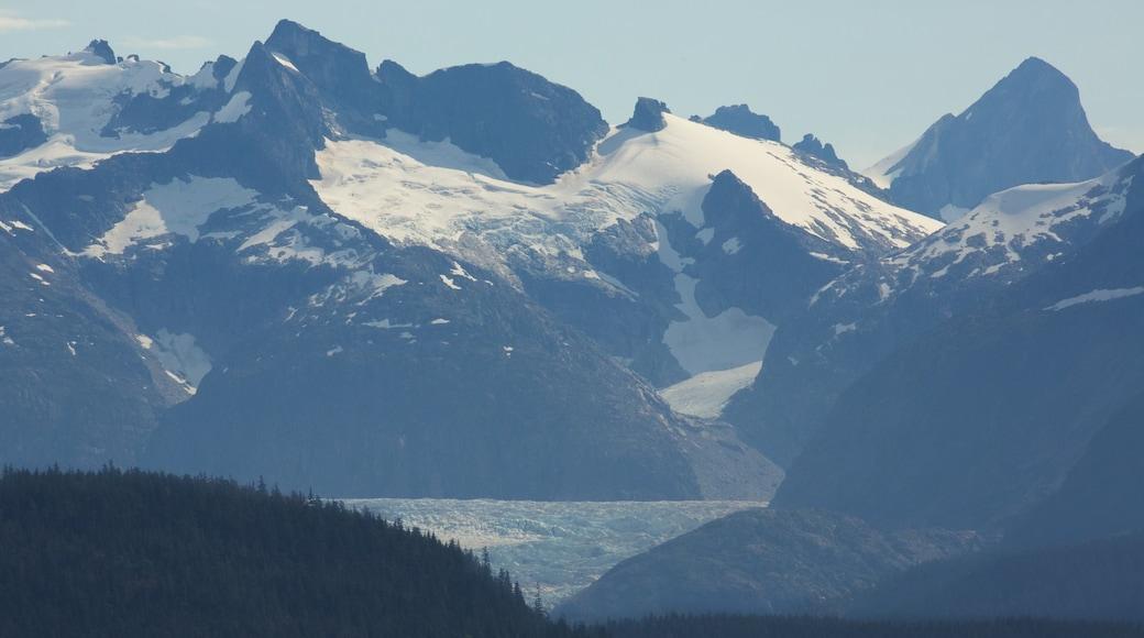 Juneau mit einem Landschaften, Berge und Schnee